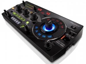 Pioneer Remix Station RMX-1000, un dispositivo per DJ per creare vari effetti remix