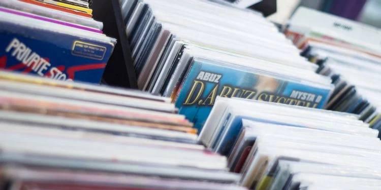 Come scaricare copertine album? ecco i siti web consigliati