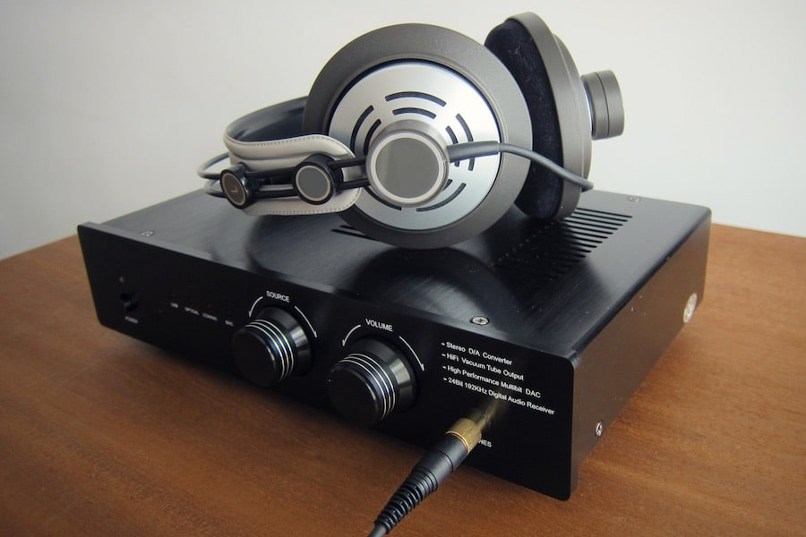 How to amplify the headphones? when do you need an amplifier?